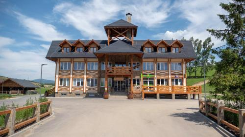 Nestville apartments - Accommodation - Hniezdne