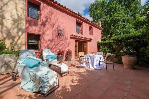 Suite con terraza Hotel Mas La Boella 2