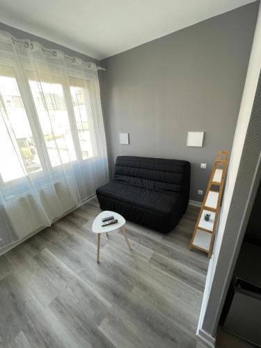 Chambre /studio meublé centre ville - Hôtel - Bourges