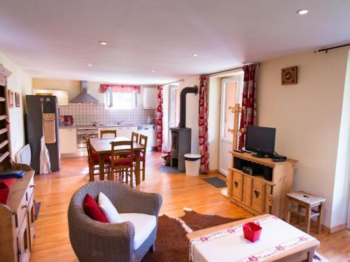 Appartement Briançon, 2 pièces, 6 personnes - FR-1-330C-50 - Apartment - Briançon
