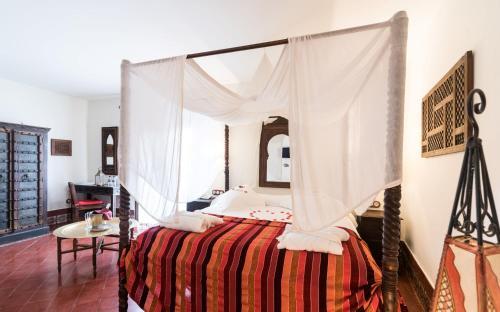 Queen Suite with Spa Bath Alcoba del Rey de Sevilla 16