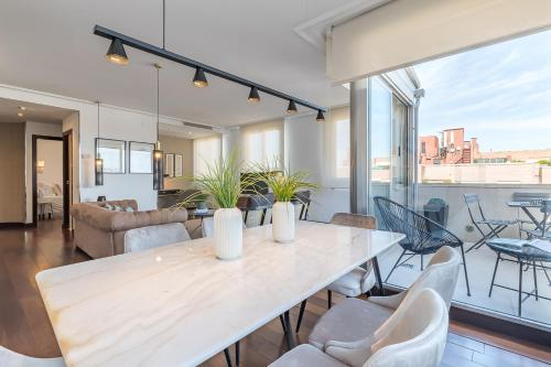 Madrid Rental Flats - image 12