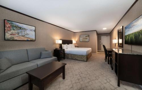 Prestige Lakeside Resort; Bw Premier Collection