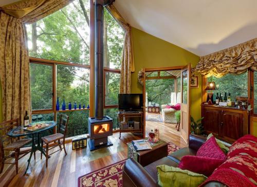 Arcadia Cottages - Accommodation - Olinda