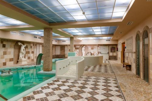. Hotel Comendador