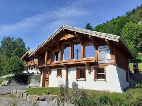 Chalet ''la grange à Henry'' 11 pers sauna - Ventron