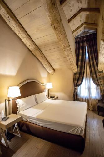 Palazzo Righini - Hotel - Fossano