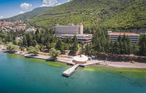 . Hotel Tourist - Metropol Lake Resort