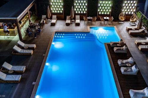 . Dafni Plus Hotel