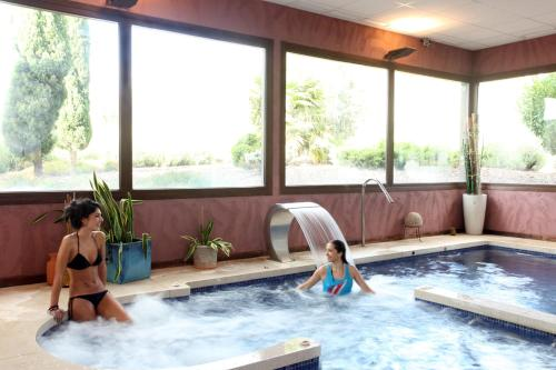 Double or Twin Room with Spa Access Villa Nazules Hípica Spa 14