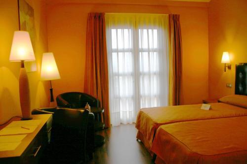Single Room Villa Nazules Hípica Spa 10