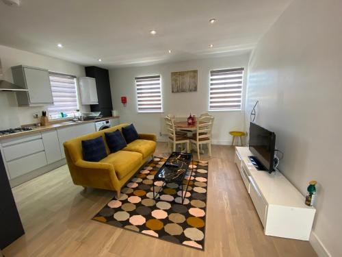 Apartment No 8 - Stay In Style In The Heart Of The Cathedral City., Truro, Cornwall