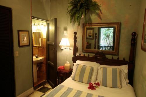 The Gallery Inn room photos