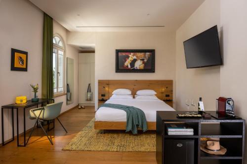 . Schumacher Hotel Haifa