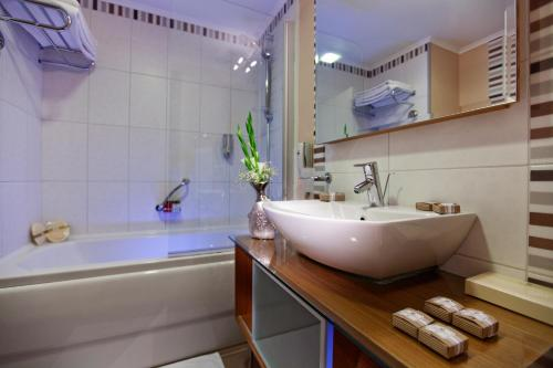 Royal Asarlik Beach Hotel - Ultra All Inclusive værelse billeder
