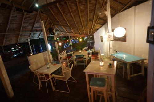 Margaritaville Lonely Beach Koh Chang