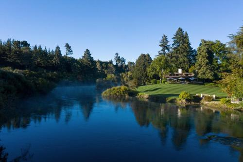 Huka Lodge - Accommodation - Taupo