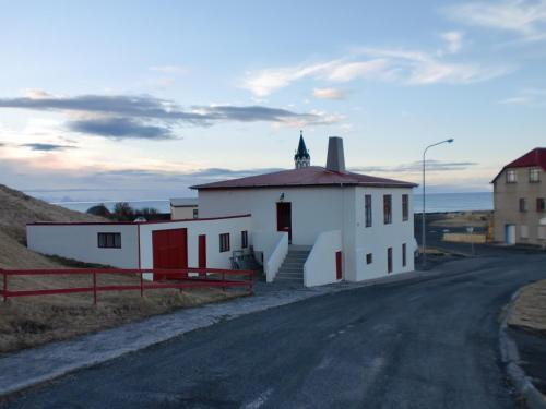 . Guesthouse Tilraun