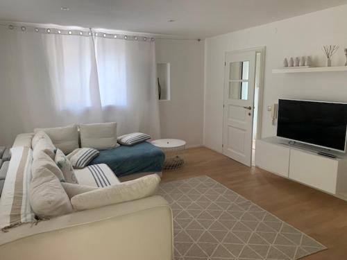 Hof Am Bach - Apartment - Caldaro