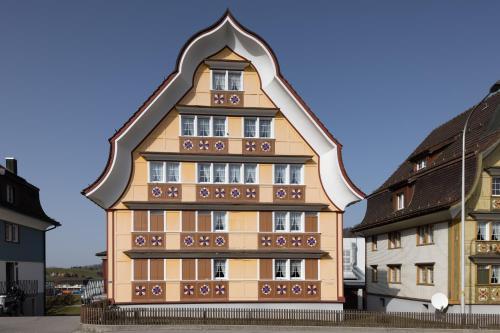 EG/OG: Wohnen im traditionellen Appenzeller Haus - Apartment - Appenzell