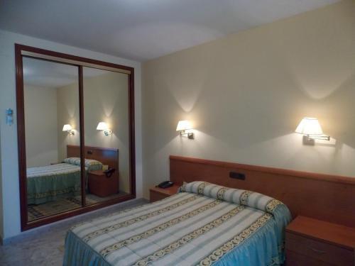 . Hotel San Cristobal