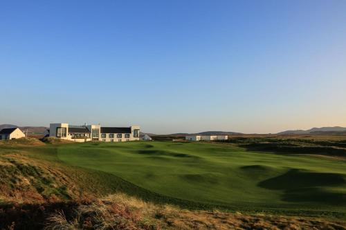 . Machrie Hotel & Golf Links
