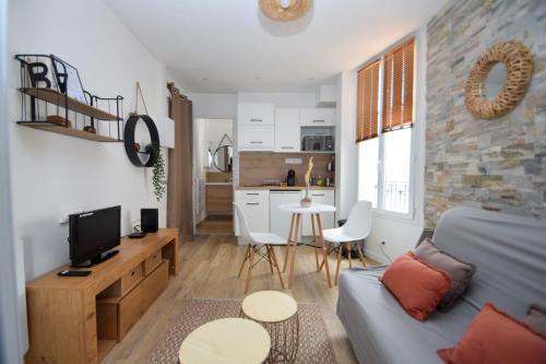 Cosy studio refait à neuf aux portes de Paris - Location saisonnière - Vincennes