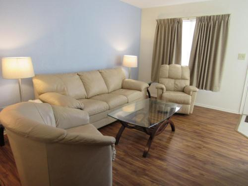 . Victoria Palms Inn and Suites