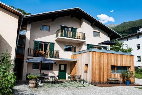 Haus18. 4 - Apartment - Sluderno