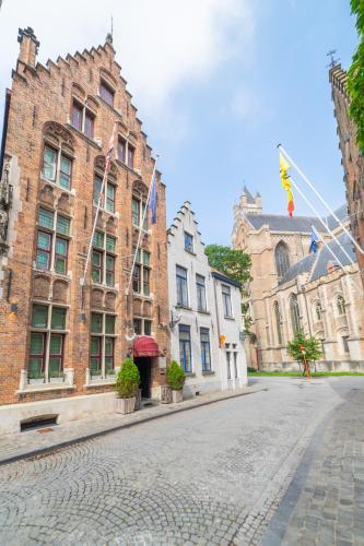 Het Gheestelic Hof, Pension in Brügge