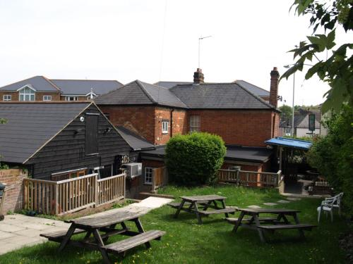 Jolly Brewers Free House Inn - Accommodation - Bishops Stortford