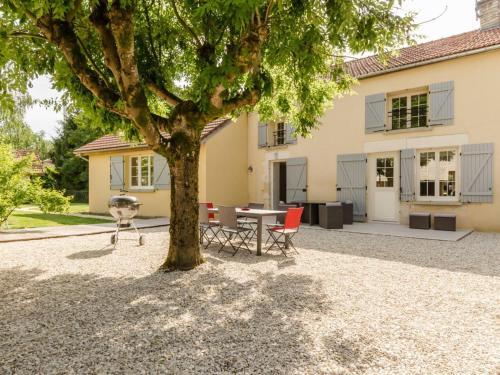 Gîte Dolancourt, 4 pièces, 6 personnes - FR-1-543-51 - Location saisonnière - Dolancourt