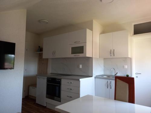 Apartman Kaić A32 - Apartment - Livno