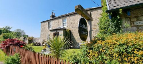 Parkhead House - Accommodation - Queensferry
