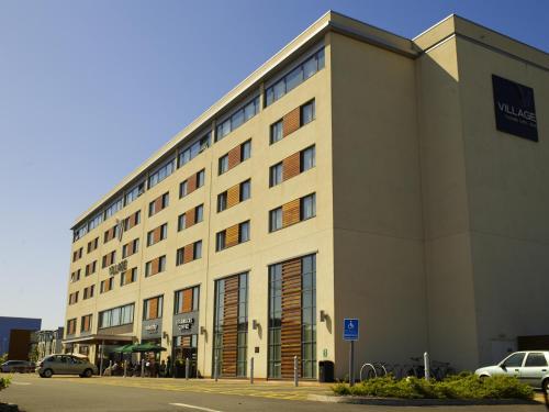 Village Hotel Swansea, Swansea