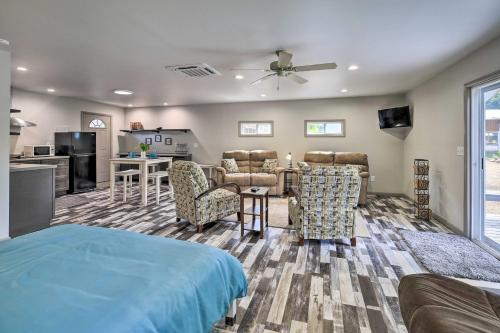 River Suite Elizabethton Studio with Grill! - Apartment - Elizabethton