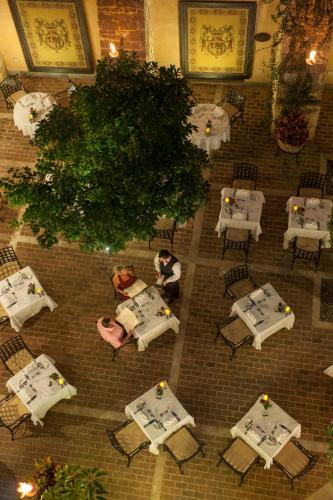 Queen Verenikis Street, 8107 Paphos, Cyprus.