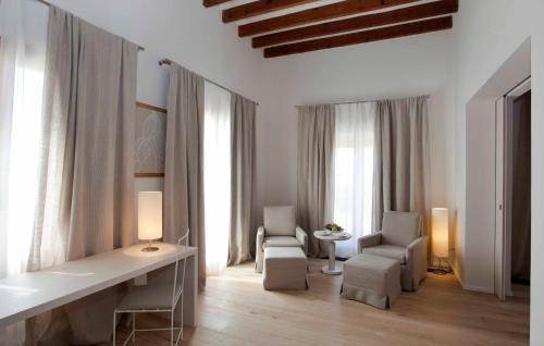 Suite con terraza Fontsanta Hotel Thermal & Spa 3