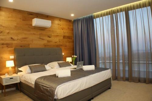 Luxury villas #1 - Accommodation - Hadžići