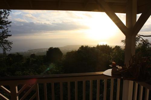 Lilikoi Inn - Holualoa, HI 96725