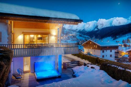 Unique chalet in village with great views hot tub & sauna - OVO Network - Chalet - Le Grand Bornand