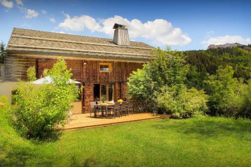 Family chalet with panoramic views garden sauna & kids area - OVO Network - Chalet - Manigod