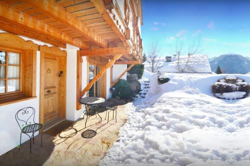 Cosy ski apartment enjoy great mountain views & summer pool - OVO Network - Apartment - Saint Jean de Sixt