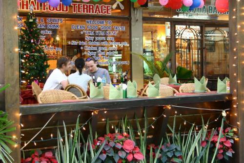 Bangkok Sahara Hotel photo 2