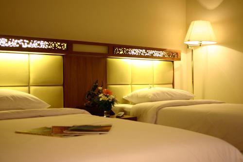 Bangkok Sahara Hotel photo 10