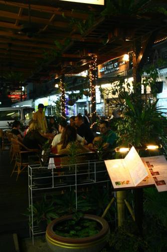Bangkok Sahara Hotel photo 17