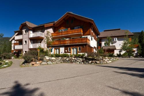 Timberline Village #14 By Bear Country - Apartment - Sun Peaks