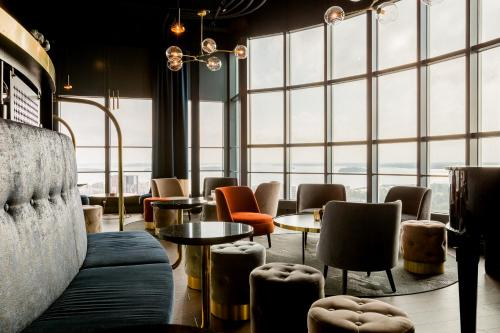 . Best Western Plus Hotel Plaza