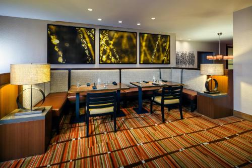 DoubleTree Hotel San Francisco Airport - Burlingame, CA 94010