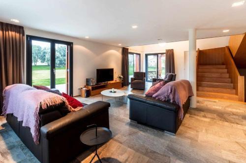 LA SOLFA - casa aislada con amplio jardín - Accommodation - Les Preses